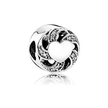 Charm PANDORA de plata de ley, pieza de nuestro catálogo de joyas  de señora