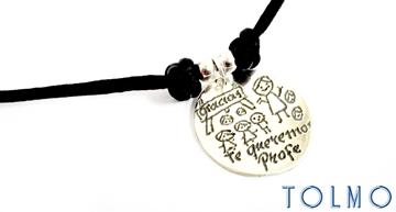 Colgante de plata personalizable para regalar al profe o maestro